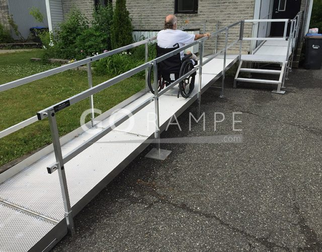 How to install an access ramp for a person of reduced mobility