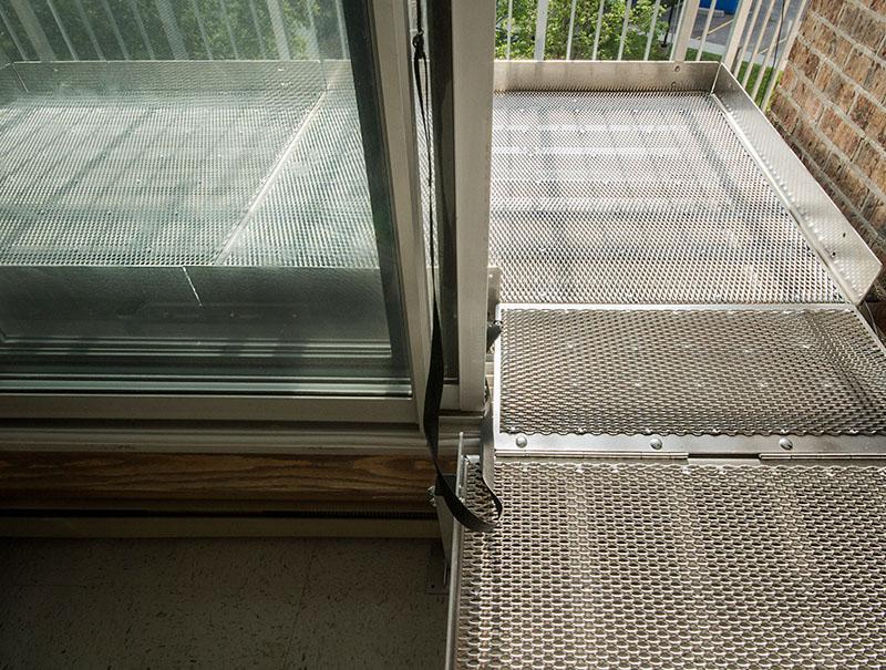 Photo : Plate-forme en aluminium pour balcon - Go Rampe | Rampes d'accès pour fauteuils roulants