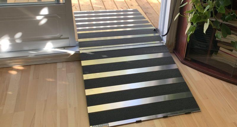 Door threshold ramps